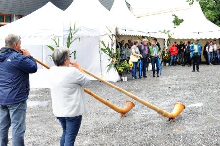 Suserfest Balgach, 2018. Eröffnung mit Andy Nüesch und Heidi Mettler.