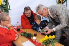 Suserfest Balgach, 2018. Jürgen Peter zaubert fürs Publikum, hier im Zelt des STV Balgach.